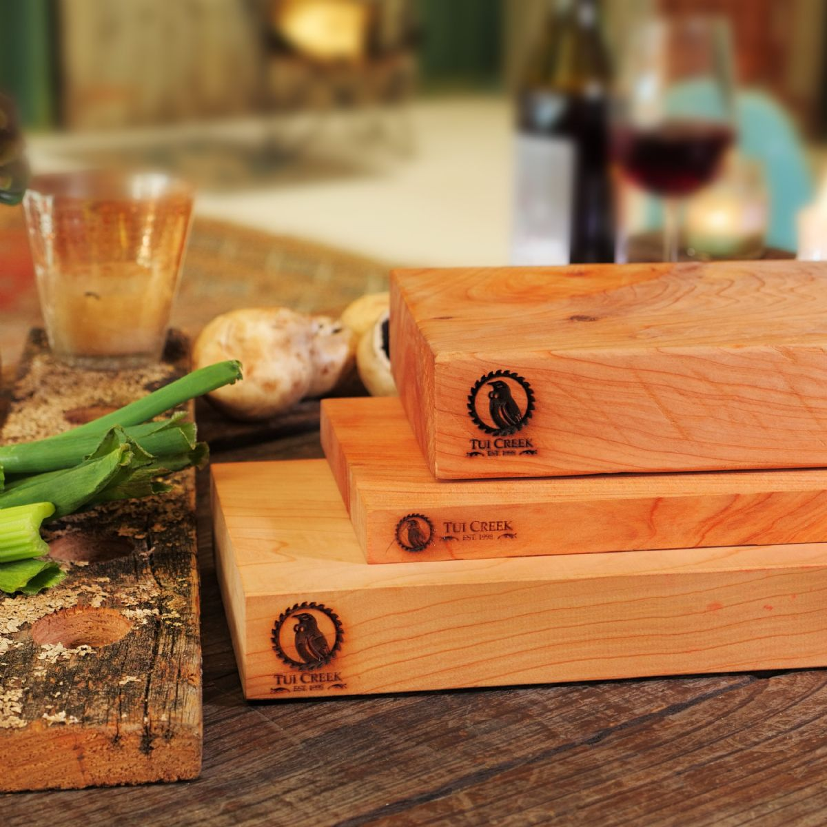 MACROCARPA CHOPPING BOARDS: Custom laser engraved with your logo